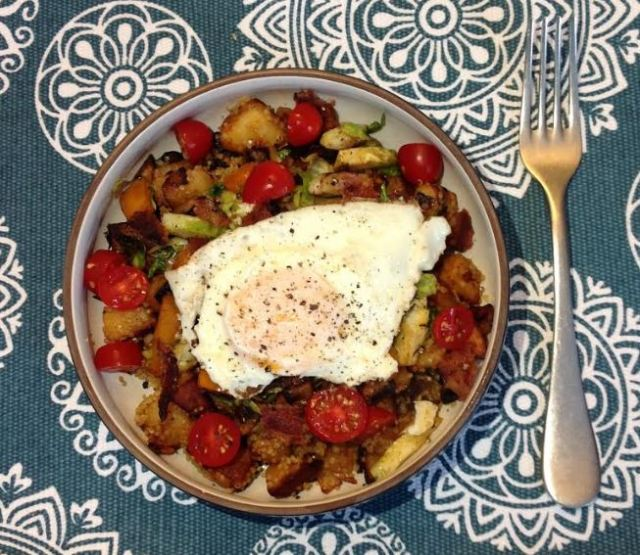 Harissa Quinoa Breakfast Bowl_2.JPG