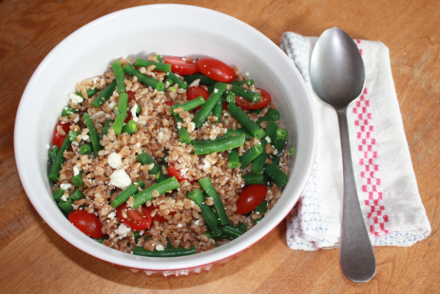 cold farro salad summer side dish
