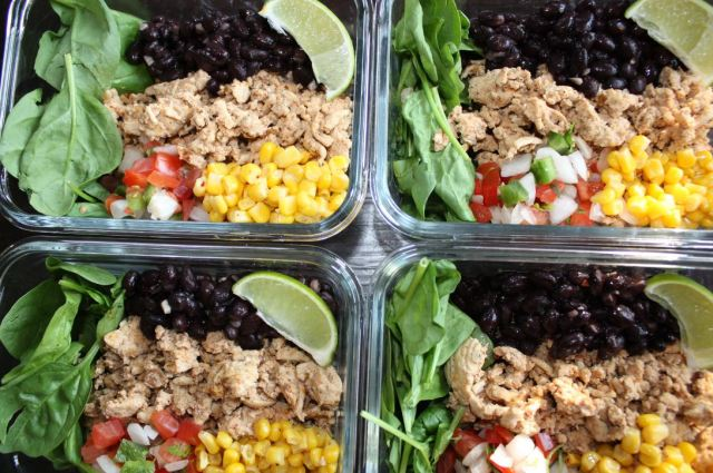 chipotle chicken burrito bowls meal prep_3
