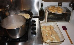 handmade potato and cheese pierogi_1
