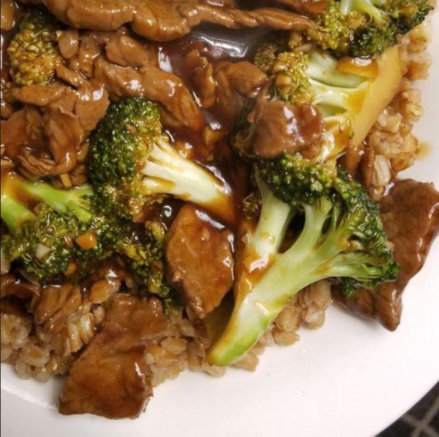 beef and broccoli and farro.JPG