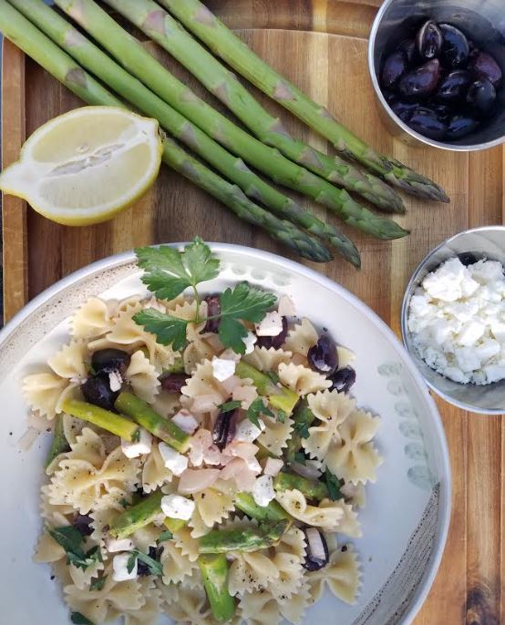 farfale with asparagus, olives, and feta.JPG