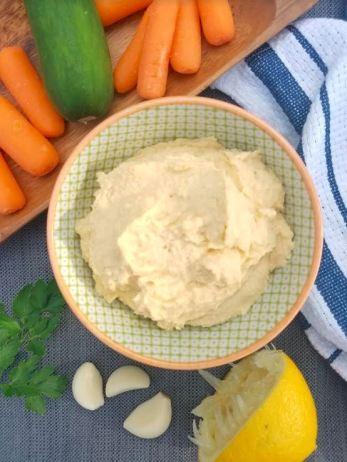 lemon garlic fresh homemade hummus