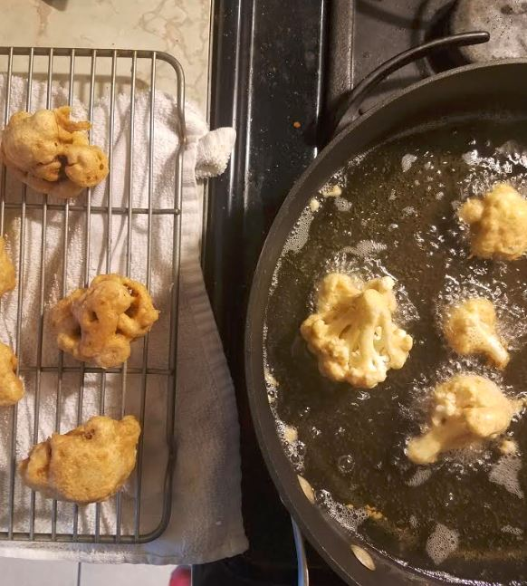 fried general tso's cauliflower_4.JPG