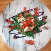 Bruschetta Chicken with Green Beans